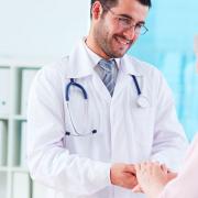 Médico, enquanto você cuida dos seus pacientes, nós cuidamos das suas redes sociais!